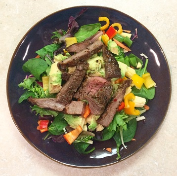 steak-avo-salad
